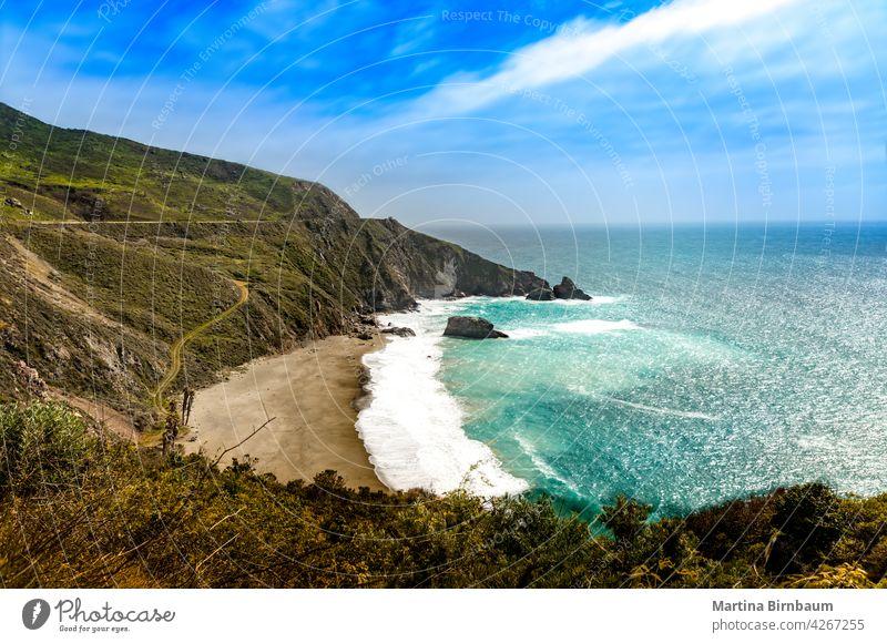 Panoramablick über die Küste bei Big Sur, Kalifornien Hügellandschaft Blauwasser 1 dramatische Landschaft Pacific Coast Highway reisen Strand Natur Steine MEER