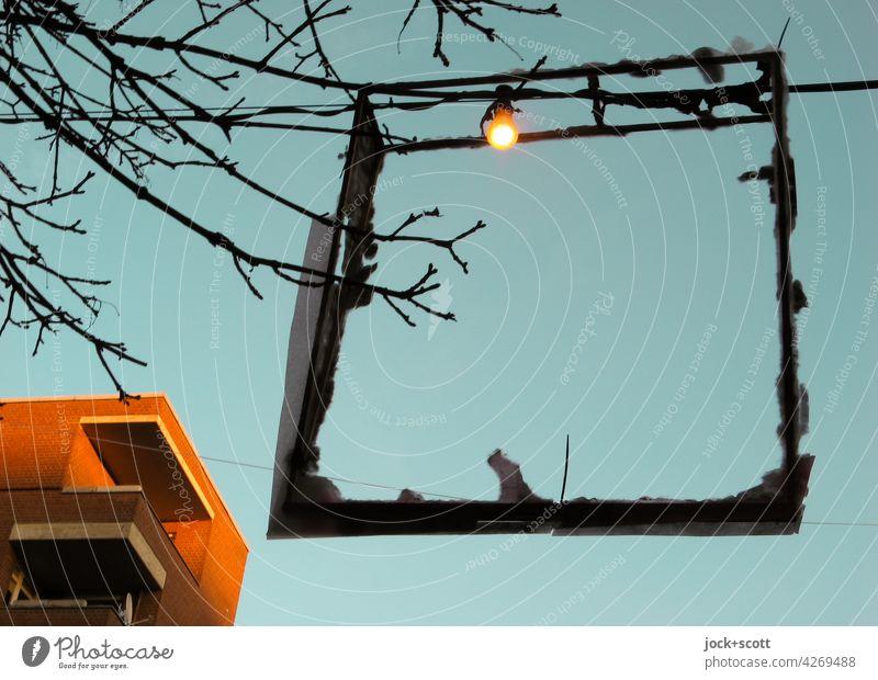 Lebensbrüche   leuchte, leuchte kleine Leuchte so lange du kannst Lichtdekoration Lampe Abend leuchten Stimmung Wolkenloser Himmel Abenddämmerung