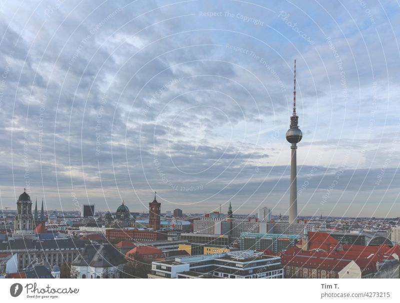 Berlin Fernsehturm Architektur Berliner Fernsehturm Alexanderplatz Turm Hauptstadt Sehenswürdigkeit Berlin-Mitte Himmel Stadtzentrum Wahrzeichen Tourismus