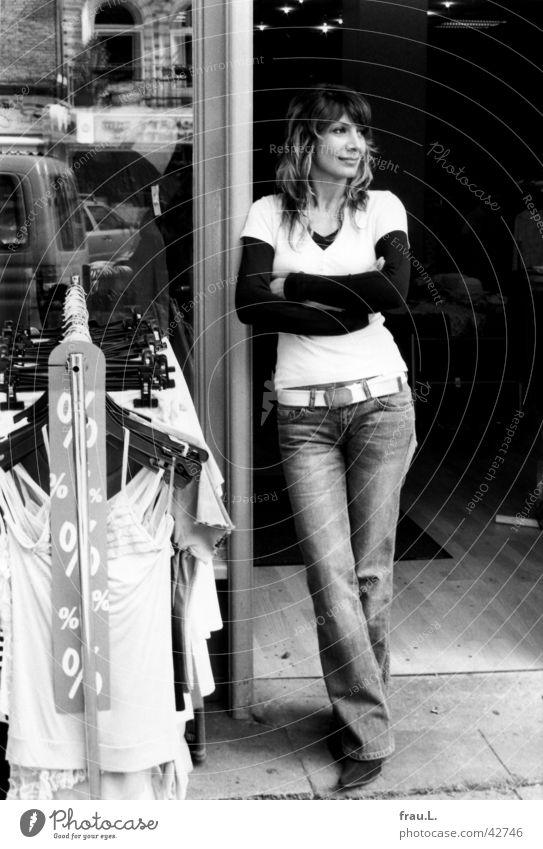 Geschäftsfrau Frau Stadt Arbeit & Erwerbstätigkeit warten Tür stehen Ladengeschäft Geschäftsleute Langeweile