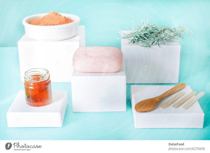 Naturseife mit Rosmarin, Honig und roter Tonerde Aroma Aromatherapie Bad Pflege Nahaufnahme Kosmetik notwendig Blume handgefertigt Gesundheit Kraut Kräuterbuch