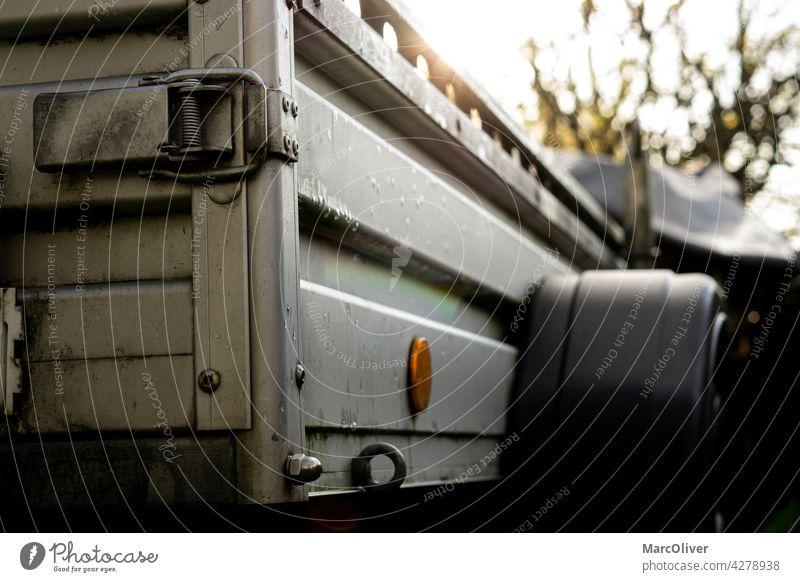 Verzinkter Stahl Utility Trailer PKW-Anhänger verzinkt Industrie metallisch Verkehrsmittel keine Menschen Transport Versorgungsanhänger Fahrzeuganhänger