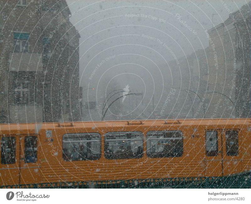 u bahn - eberswalder strasse Stadt Winter Schnee Berlin Güterverkehr & Logistik U-Bahn