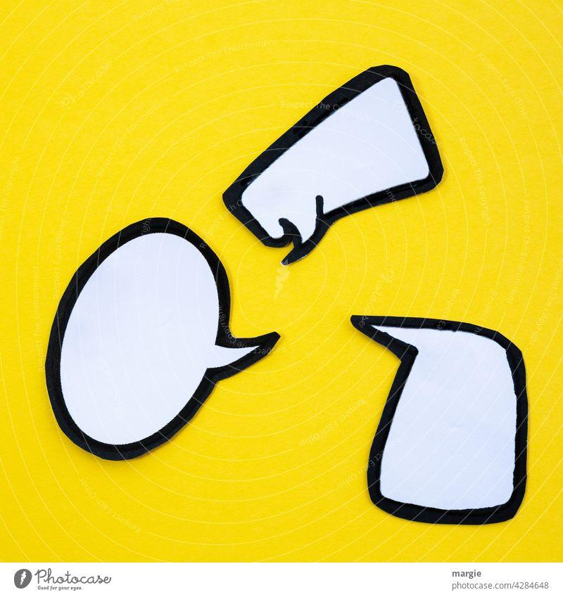 Sprechblasen auf gelben Hintergrund Kommunizieren reden Gespräch sprechen diskutieren Papier gelber hintergrund Figur Basteln sprechend leer Verständigung