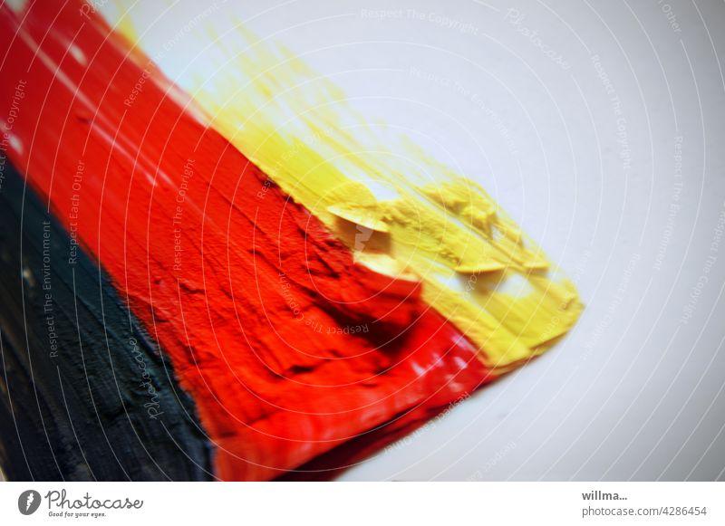 Fußball EM 2021, Public Viewing, Standbild Deutschland WM Deutschlandfarben schwarzrotgold schwarz-rot-gold Farbe