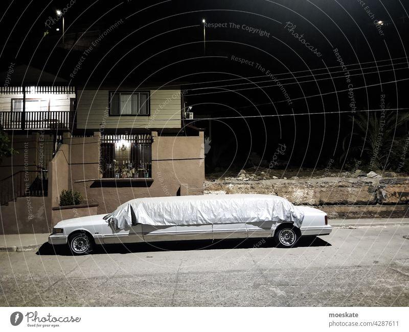 Stretching nacht mexiko mexico stretch Strechlimousine auto weiß luxus reich reichtum protzen protzig