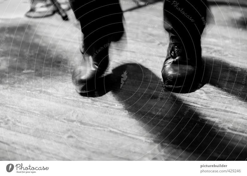 Tap Dancer Leben Nachtleben Entertainment Musik Club Disco Tanzen maskulin Mann Erwachsene Fuß 1 Mensch Tänzer Jazzclub Konzert Bühne Schuhe authentisch