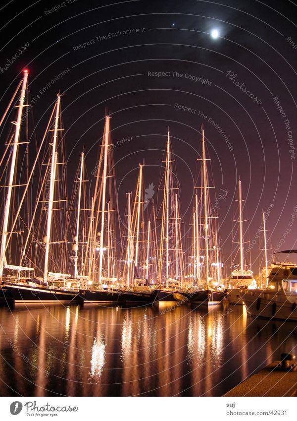 calvinacht Calvi Korsika Nacht Wasserfahrzeug Segelboot Meer Sportboot Europa Mond Mittelmeer Corse Hafen Jacht Strommast