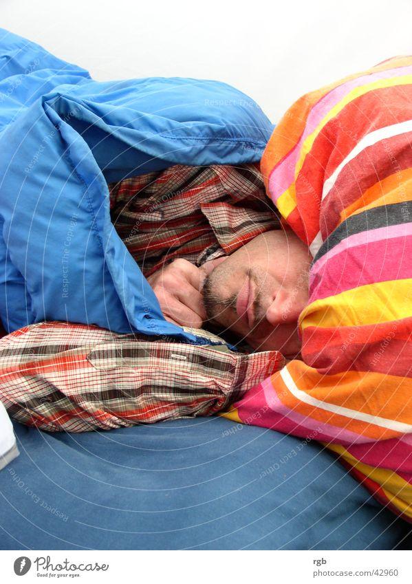 gute nacht Mann schlafen Streifen träumen Erholung Pause mehrfarbig kopfkissen Müdigkeit