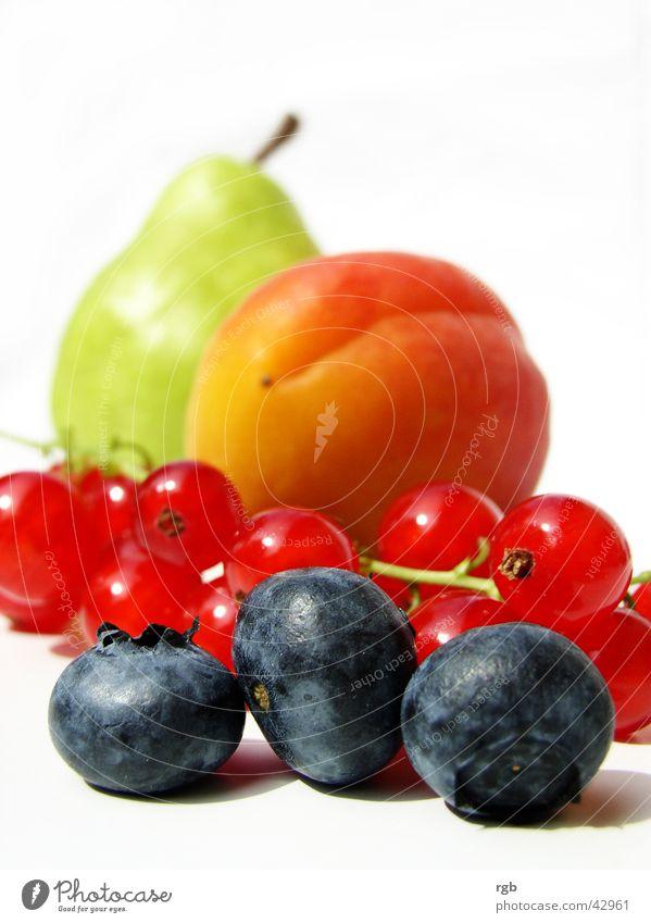 sommerwonne grün blau rot Sommer Gesundheit Frucht Beeren Wellness violett genießen Vitamin Birne knackig Blaubeeren Aprikose Johannisbeeren
