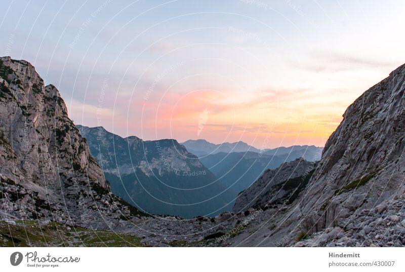 """""""Es war dieses somit ein herrlicher Sonnenaufgang."""" Himmel Natur blau grün Sommer rot Landschaft Wolken Umwelt Berge u. Gebirge Wärme Gras Glück oben Stein"""
