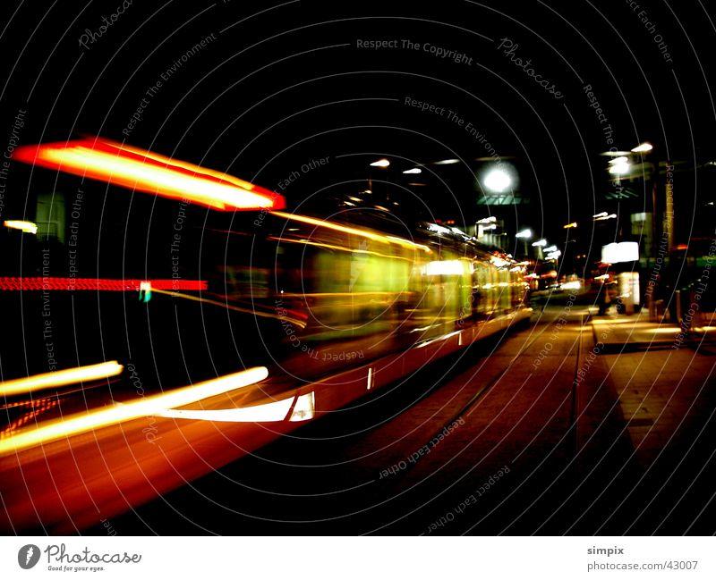 Strasbourg de nuit Station Straßenbahn Straßburg