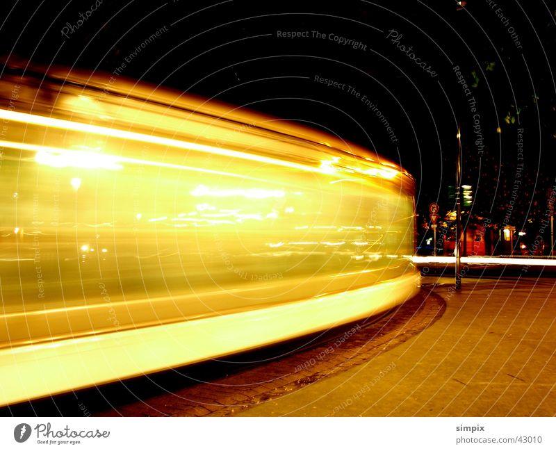 Strasbourg de nuit Straßburg Nacht Straßenbahn Langzeitbelichtung Brücke Place de la République