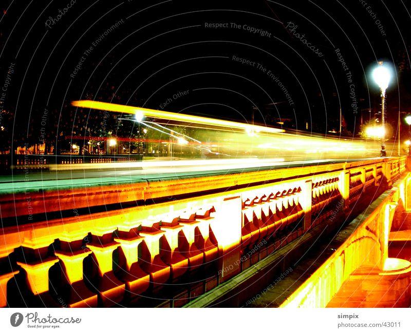 Strasbourg de nuit I Straßburg Nacht Straßenbahn Langzeitbelichtung Brücke Place de la République
