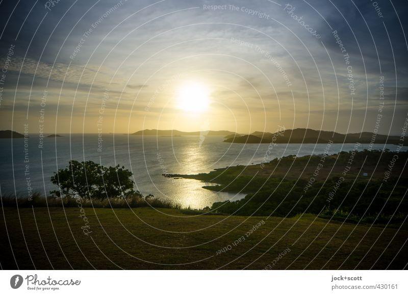wide angle sundown schön Farbe Wasser Sonne Meer Landschaft Wolken Ferne Umwelt Wärme Küste Horizont träumen leuchten gold Insel