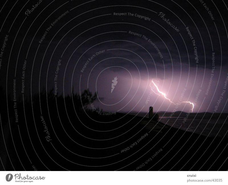 Blitz 1 Wolken dunkel Sturm Blitze Gewitter Unwetter Kroatien Donnern