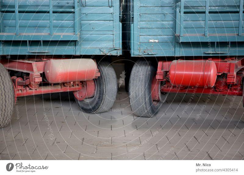 Landwirtschaftsanhänger Bauernhof Landhandel Güterverkehr & Logistik ländlich Anhänger Ackerbau Schlepper Agrarwirtschaft Ernte Kipper Traktor-Anhänger Landlust