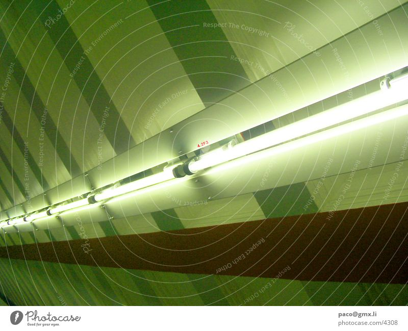 lichthigway 2 Neonlicht Lampe Licht U-Bahn Fototechnik