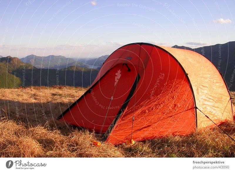 sweet home... Camping Zelt Sommer Einsamkeit wandern driften Berge u. Gebirge Freiheit Expedition Wege & Pfade Aussicht Außenaufnahme
