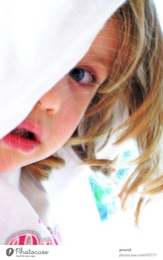 alina Mädchen Porträt Detailaufnahme Kind Schüchternheit Model Alina Mensch provid