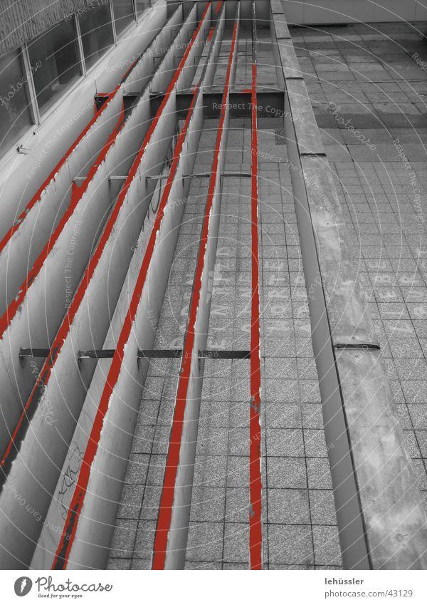 vordach oxidation Aluminium Dach Vordach Naht Schweißen Architektur Rost Lamelle Fuge Metall Pflastersteine Oxidation