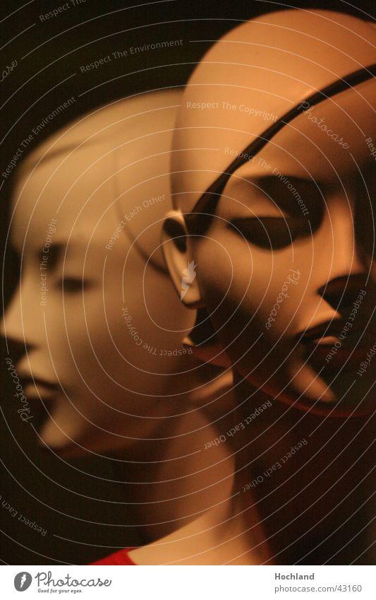 Die Zwei Frau Scheitel Licht Puppen Schaufensterpuppen Gesicht Nase Auge Schatten Profil Kopf Bezogenheit