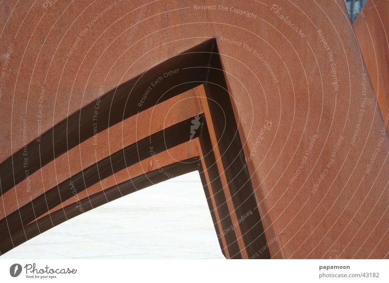 corner in the wind braun Architektur 3 Ecke Rost Bauwerk Skulptur Ziffern & Zahlen