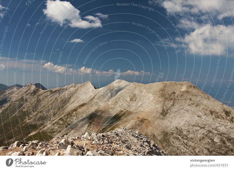 Hochgebirgsgipfel Fitness Erholung ruhig Meditation Extremsport Wanderausflug Natur Landschaft Erde Himmel Wolken Horizont Frühling Sommer Herbst Hügel Felsen