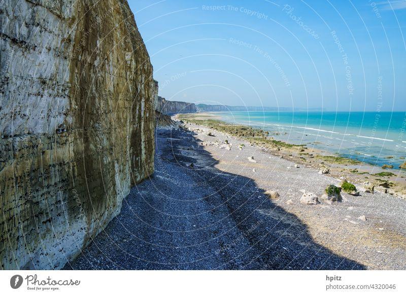 Côte d'Albâtre in der Normandie Küste Steilküste Meer Farbfoto Strand Kalkfelsen Alabasterküste