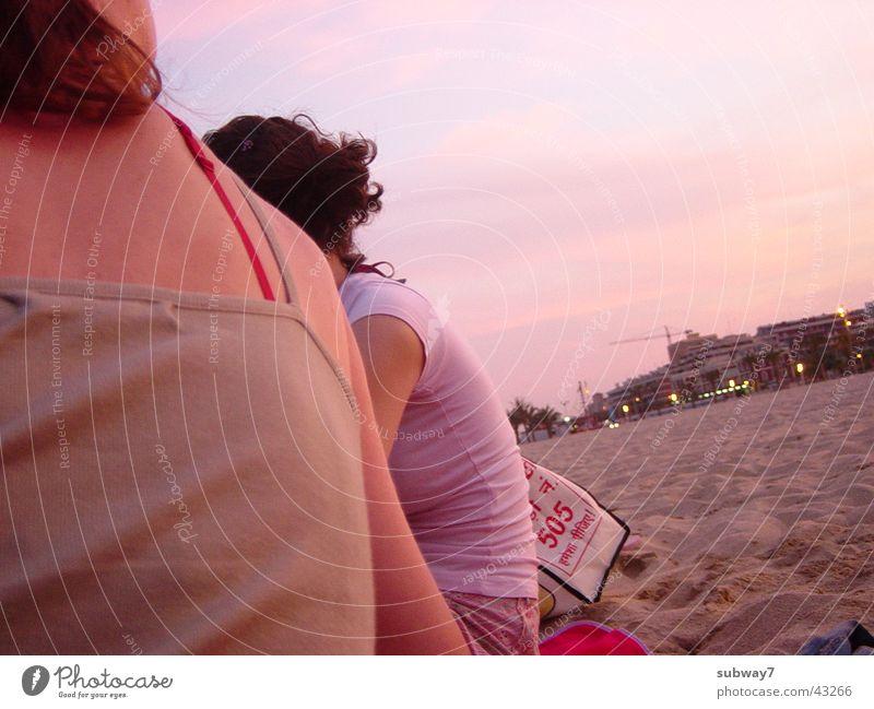 Damals am Strand 1 Freundschaft Meer Ferien & Urlaub & Reisen Spanien Sonnenuntergang Frau Freizeit & Hobby Abend Badestelle Junge Frau Menschengruppe Küste