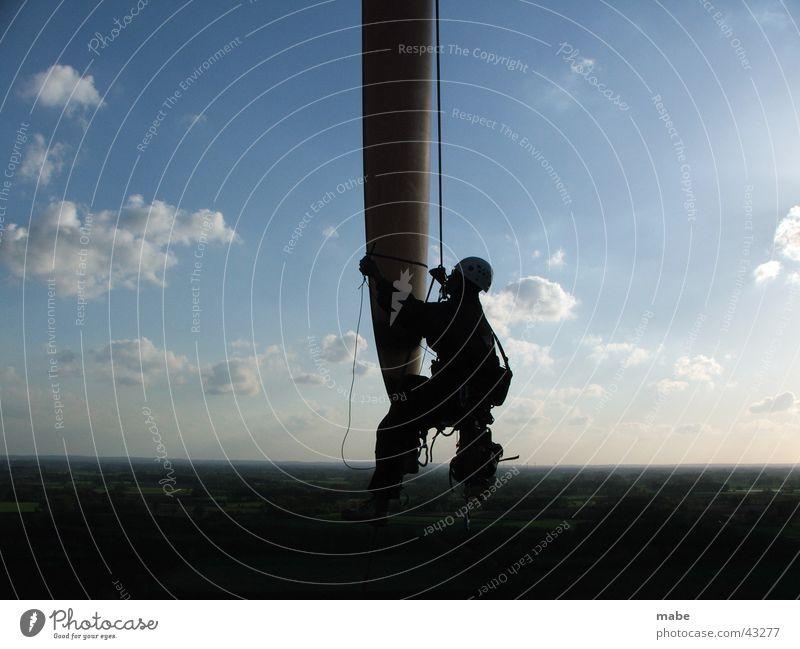Begutachtung eines Rotorblattes Arbeit & Erwerbstätigkeit Technik & Technologie Windkraftanlage Elektrisches Gerät