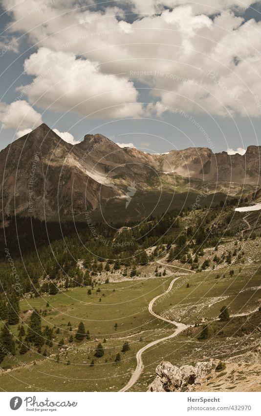 Dieser Weg wird kein leichter sein... Himmel Natur Ferien & Urlaub & Reisen schön grün Sommer Baum Landschaft Wolken Ferne Umwelt Berge u. Gebirge Gras Wege & Pfade grau natürlich