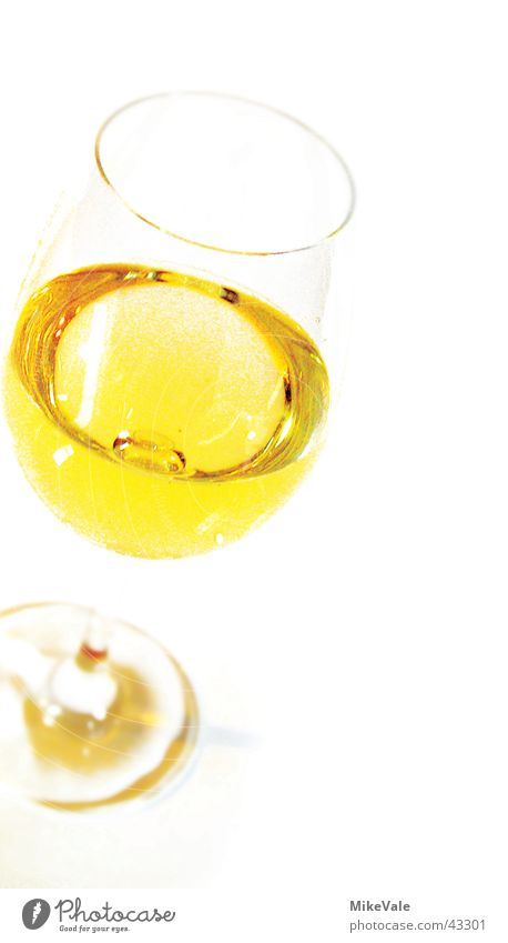 Lieblich Glas Getränk Wein Restaurant trocken Alkohol leicht lieblich Weinglas