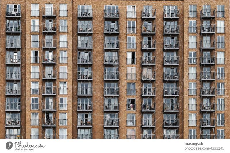 London Docklands limehouse canary wharf Architektur England Großbritannien Menschenleer Außenaufnahme Großstadt Gebäude Fassade Wohnblock Verdichtung urban
