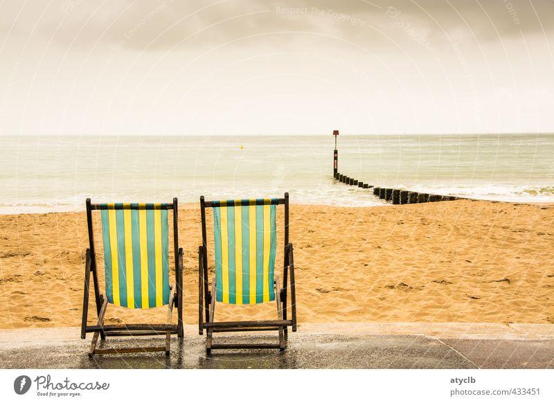 Auf dem Sonnendeck Himmel Ferien & Urlaub & Reisen Sommer Wasser Meer Wolken Strand Gefühle Küste Sport Glück Freiheit Schwimmen & Baden braun Sand Horizont
