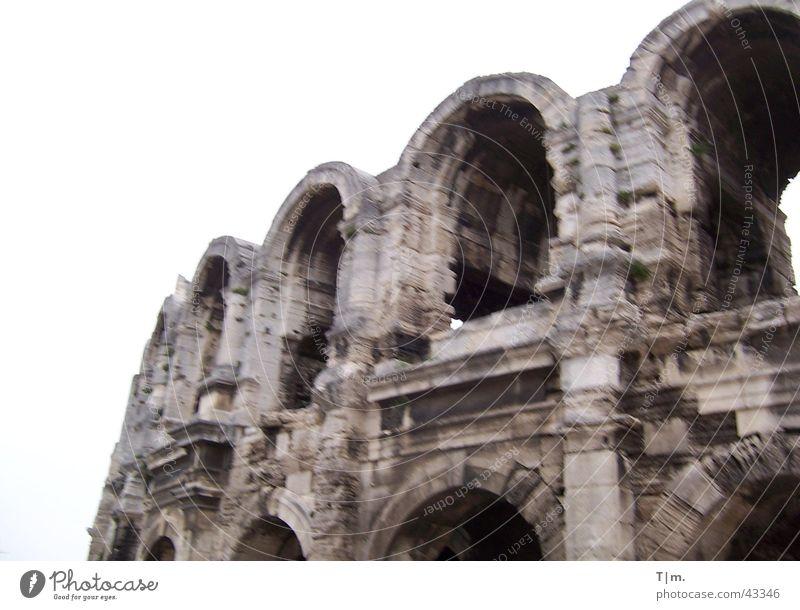 Amphitheater Arles Frankreich Architektur Kolusseum historisches Bauwerk Römerberg