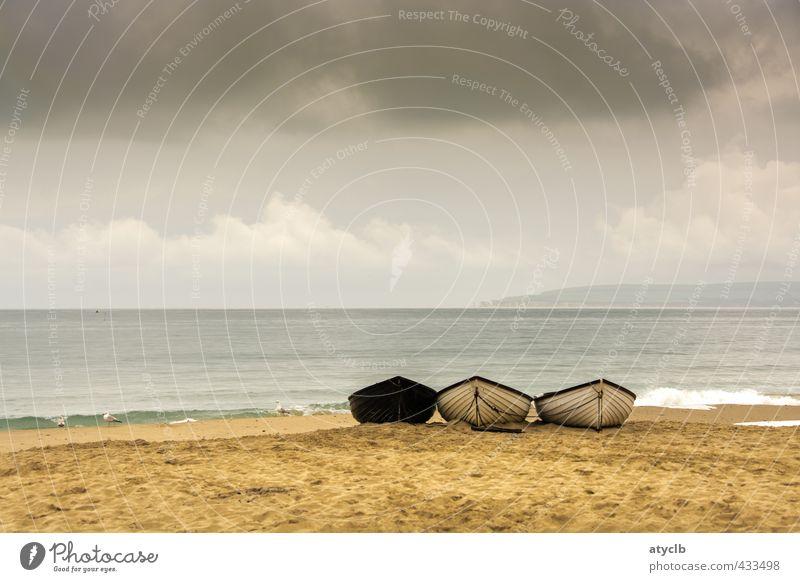 Nußschalen 2 Natur Ferien & Urlaub & Reisen Wasser Sommer Meer Strand Sand Wellen Zufriedenheit Tourismus Romantik Wellness Sommerurlaub Wohlgefühl Schalen & Schüsseln Ruderboot