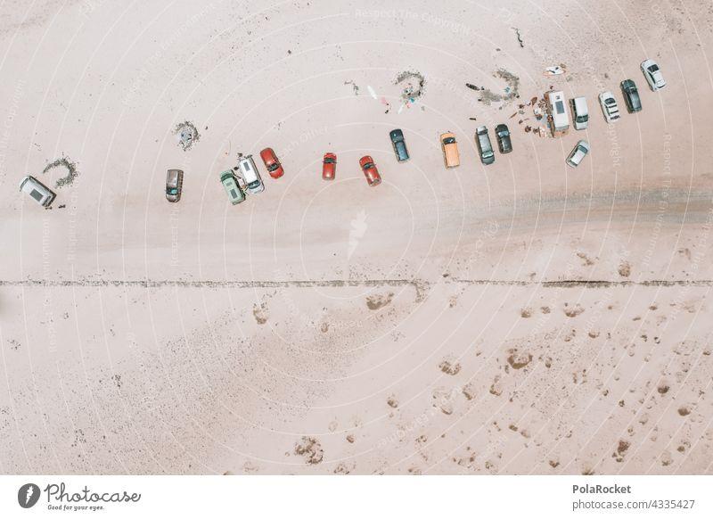 #A# Autos am Strand autos Drohnenansicht Drohnenaufnahme drohnenflug Drohnenfotografie viele Miniatur Minimalismus Urlaubsort Landschaft Vogelperspektive Natur