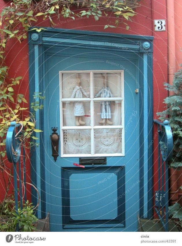 hasenhaus blau rot Haus Paar Architektur Tür paarweise Eingang Hase & Kaninchen Bremen Der Schnoor