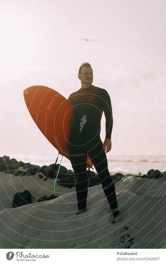 #AS# Surfer Dude Surfen Surfbrett Surfschule Surfers Paradise Board Fuerteventura Kanarische Inseln Wassersport Extremsport Meer Wellen Strand Küste Sport