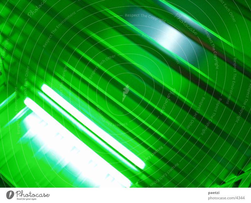 containerlove02 Metall Neonlicht Container Fototechnik