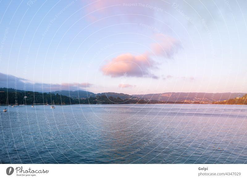 Schöner Meerblick auf den Norden Galiciens Boot Schiff blau Natur Küste Galicia Landschaft MEER Ansicht Himmel Wasser Bucht Strand reisen panoramisch Cloud