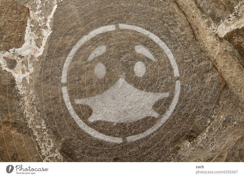 Maskenball Smiley Traurigkeit traurig Gesicht coronavirus pandemie Coronavirus COVID covid-19 COVID-19 Pandemie Virus Prävention Mundschutz Corona-Virus