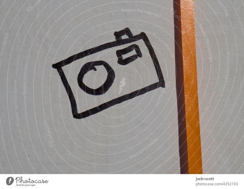 gezeichnet & gemalt |  einfache Knipse neben schmalen Band Zeichnung Fotokamera Kreativität Dekoration & Verzierung Symbole & Metaphern Ikon Oberfläche