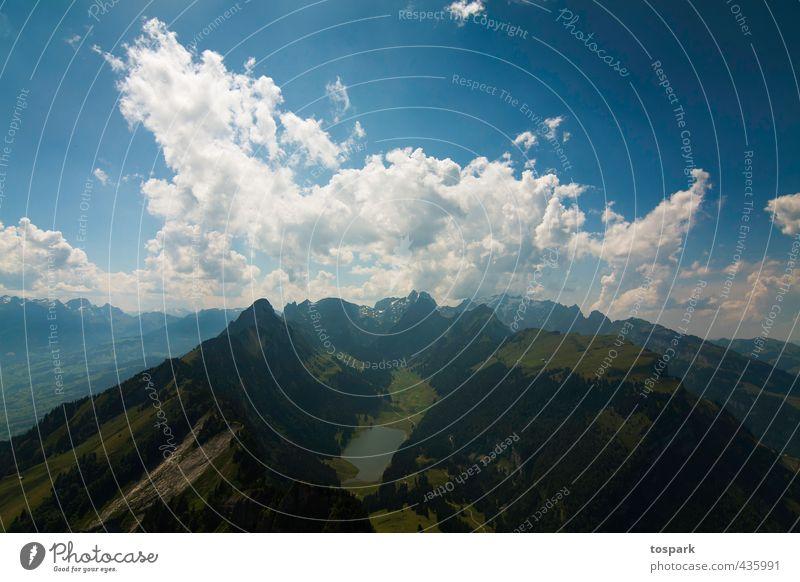 Blick vom Säntis Umwelt Natur Landschaft Urelemente Luft Himmel Wolken Horizont Sommer Felsen Alpen Berge u. Gebirge Berg Säntis Gipfel See Seealpsee Schweiz