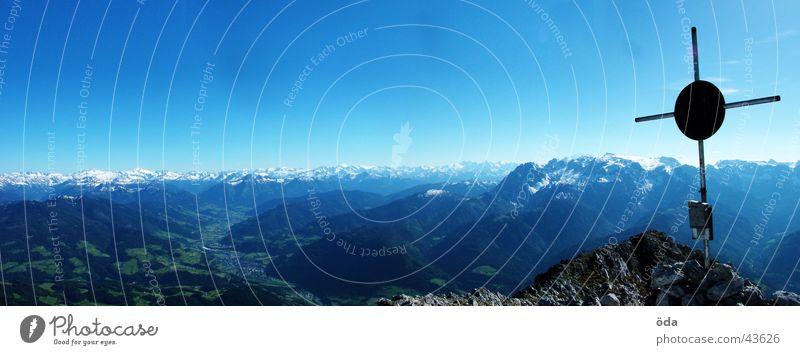 Gipfelpanorama Panorama (Aussicht) Gipfelkreuz Baum Wald Alm Berge u. Gebirge Hütte Elmau Hochthron groß Panorama (Bildformat)