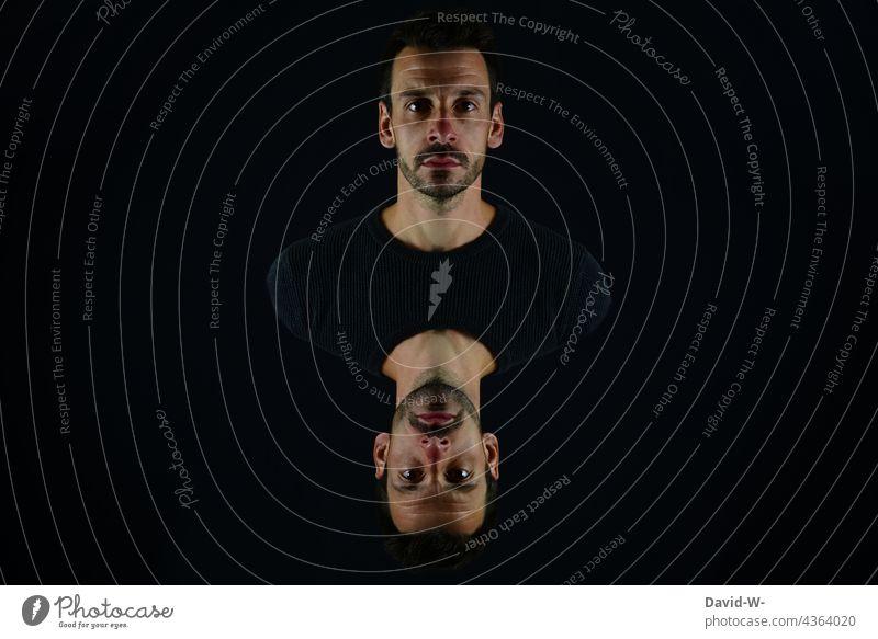 Doppeldeutigkeit Mann Künstlerisch Surrealismus doppeldeutig Spiegelung Art Profil abstrakt surreal Kunst Gesicht ausdruckslos