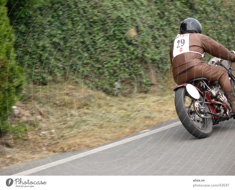 Indian Scout Daytona Spezial 1928 Oldtimer Motorrad Südtirol laut Motorsport Berge u. Gebirge Nals alt Kurt Krüger Startnummer 29