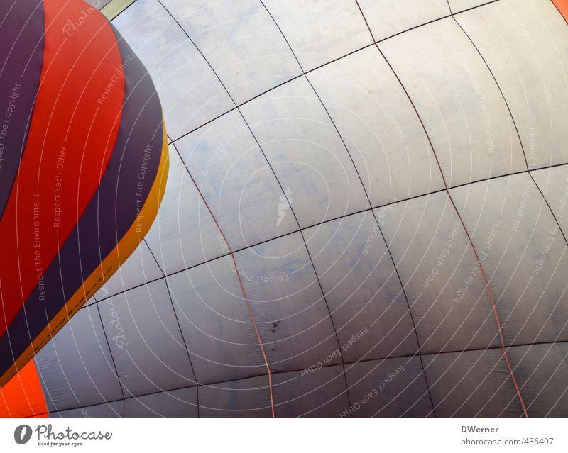Ballon im Ballon blau rot Freiheit fliegen Freizeit & Hobby Lifestyle groß Tourismus Luftverkehr Ausflug Seil Streifen Luftballon Stoff Netzwerk dünn