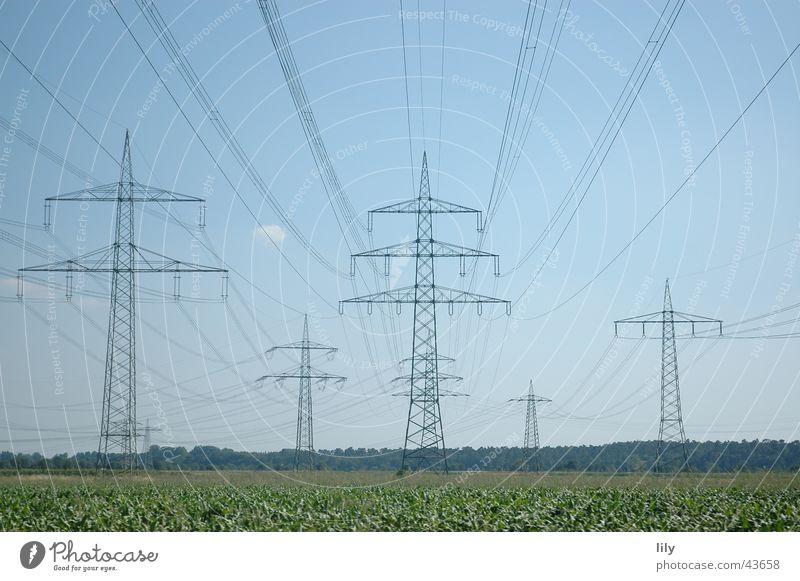 Mastenlandschaft #2 Himmel grün blau Wiese Elektrizität Strommast